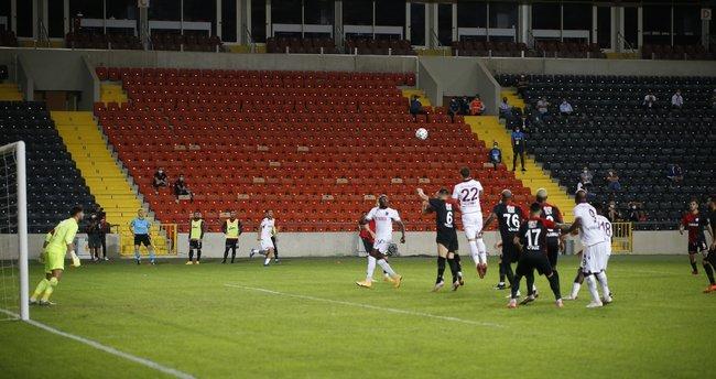Trabzonspor'un penaltı beklediği 2 pozisyon!